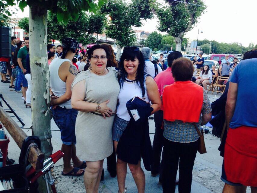 Cangas Decide estivo no desfile de Cangas Vella
